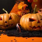 Esempi di intaglio della zucca di Halloween